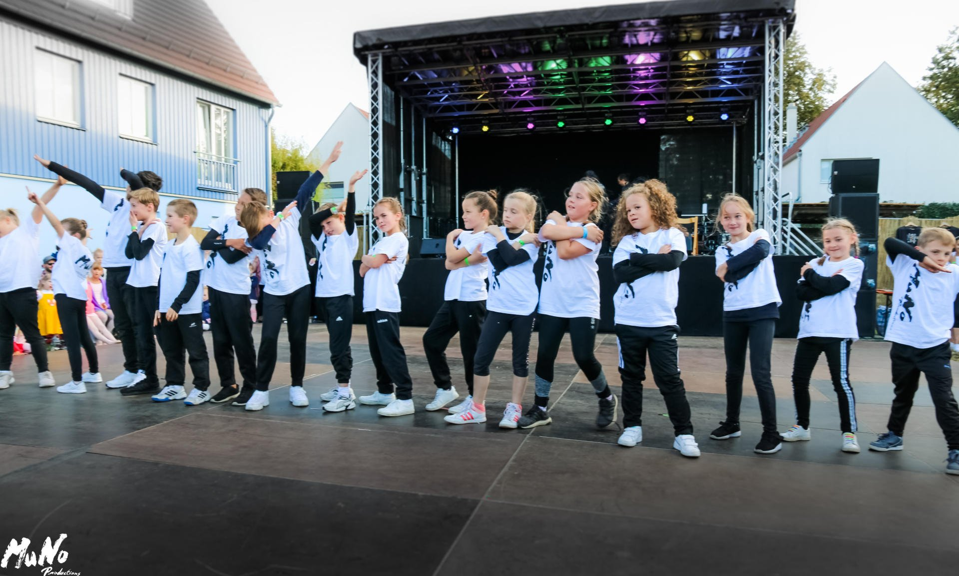 MuNo-DanceStudio Weinfest 2019 (14)